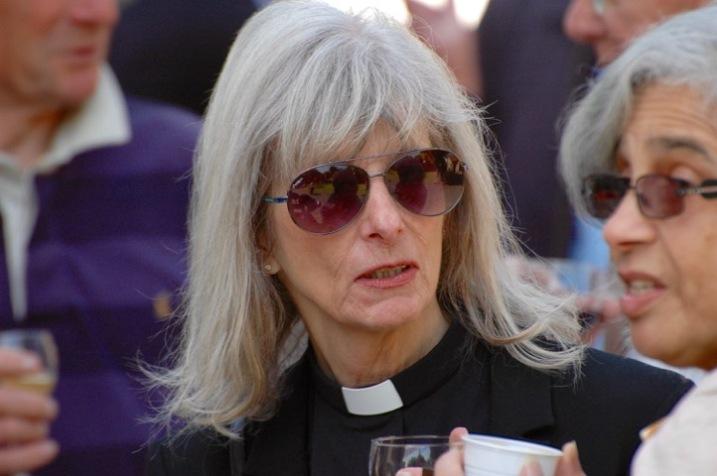 Reverend Elisabeth Dean in sunglasses
